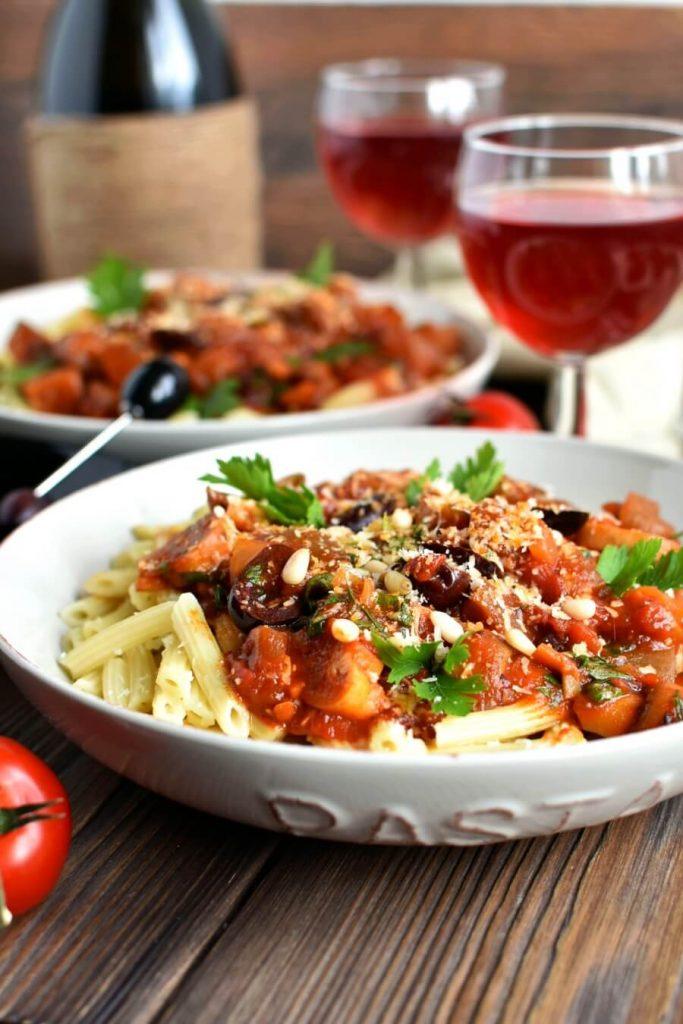 Pasta with Eggplant-Tomato Sauce Recipe-How to make Pasta with Eggplant-Tomato Sauce-Delicious Pasta with Eggplant-Tomato Sauce