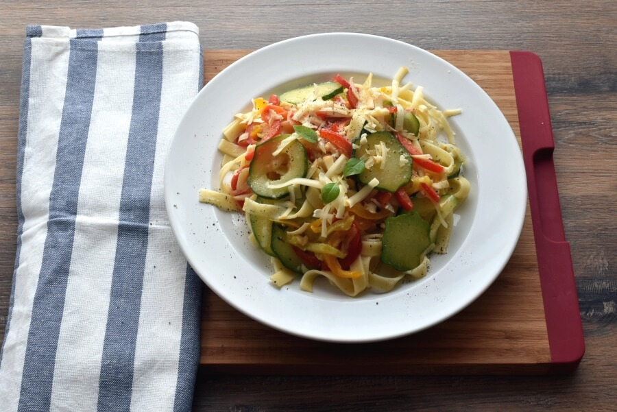 How to serve Pasta with Sautéed Peppers Zucchini and Smoked Mozzarella