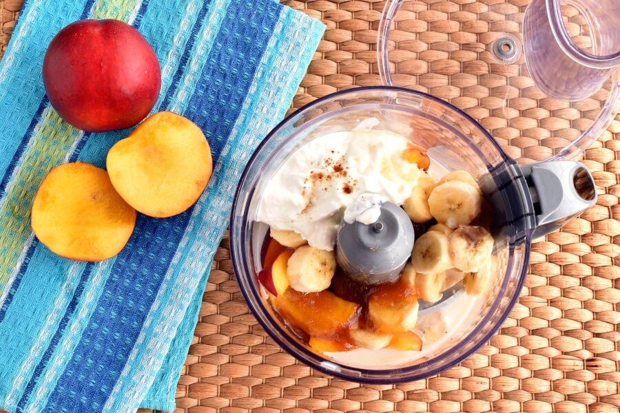 Peach-Banana Smoothie Popsicles recipe - step 1