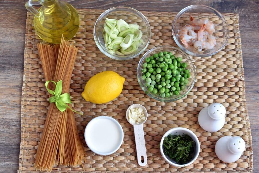 Ingridiens for Shrimp and Leek Spaghetti