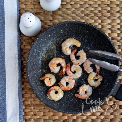 Shrimp and Leek Spaghetti recipe - step 3
