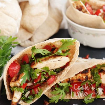 Spicy Chicken Tomato Pitas Recipe- Spicy Chicken Pitas-How to Make Spicy Chicken Tomato Pitas