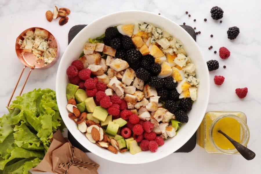 Summer Cobb Salad recipe - step 6