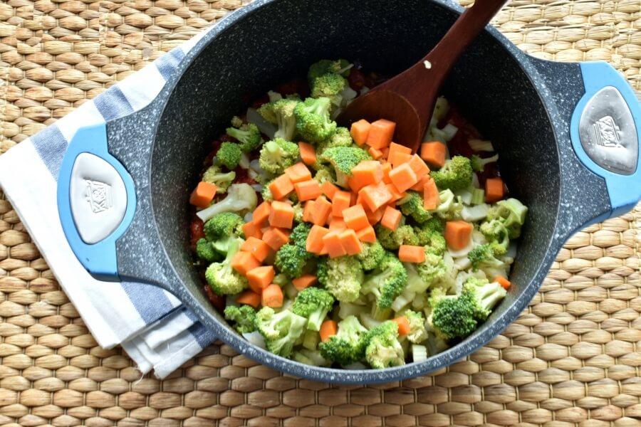 Vegetable Detox Soup recipe - step 3