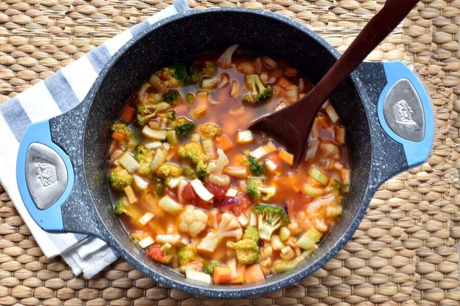 Vegetable Detox Soup recipe - step 5