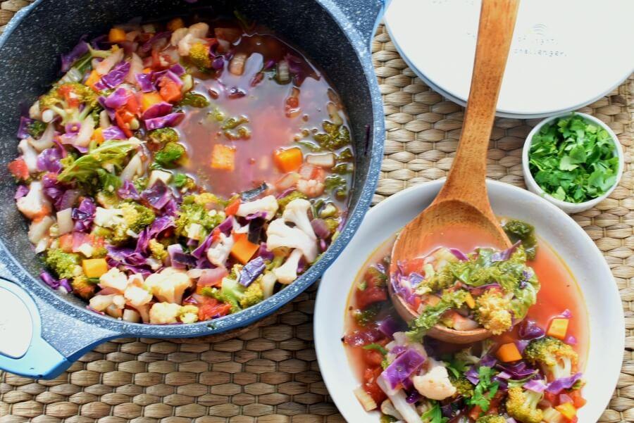 How to serve Vegetable Detox Soup