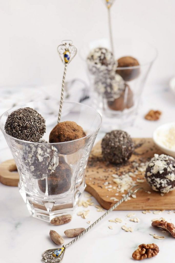 Walnut Bliss Balls with Chia, Coconut and Carob