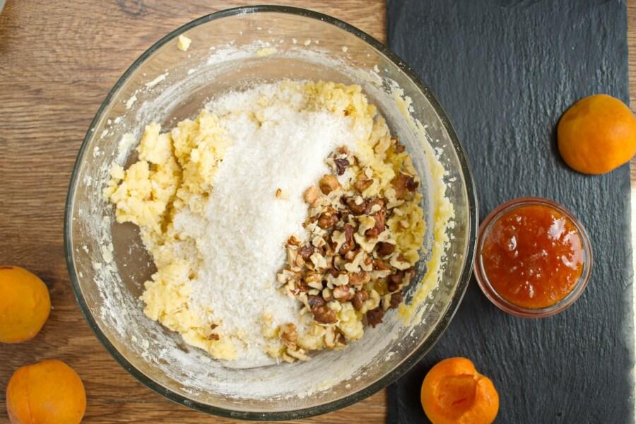 Winning Apricot Bars recipe - step 6