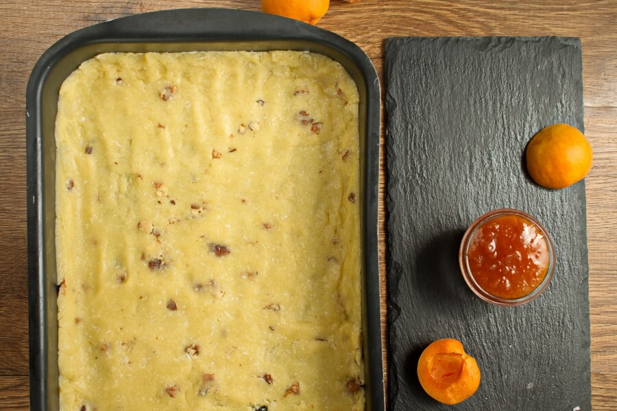 Winning Apricot Bars recipe - step 7