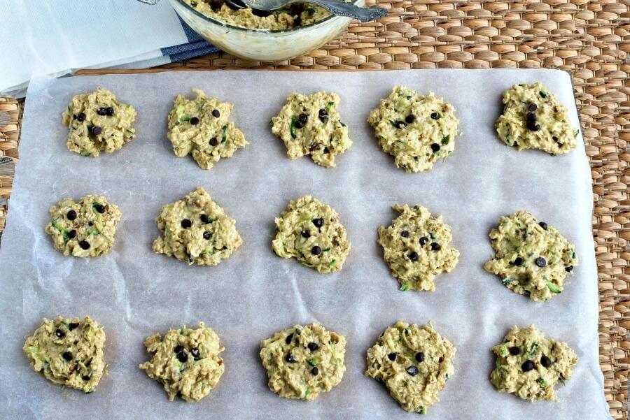 Zucchini Oatmeal Chocolate Chip Cookies recipe - step 7