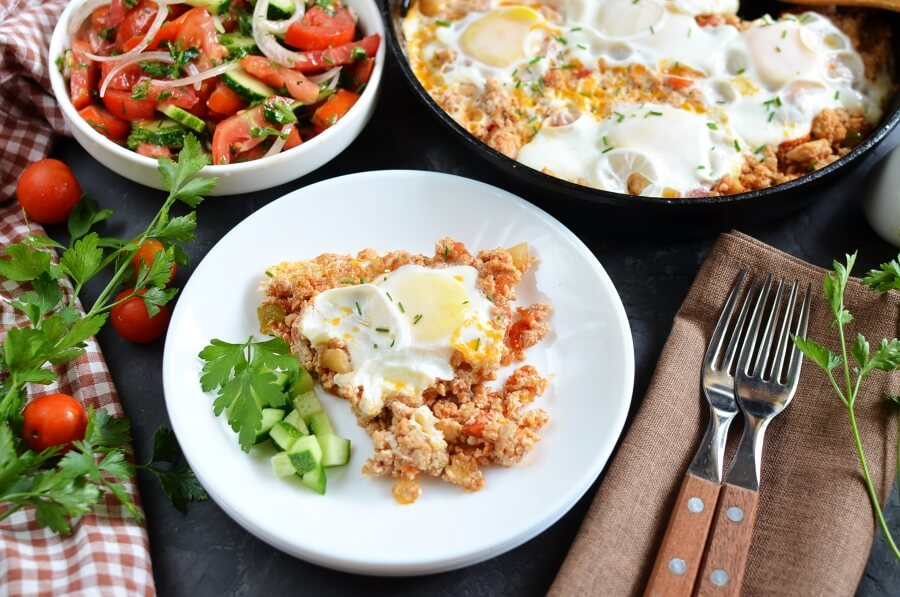 How to serve 5 Ingredient Keto Breakfast Skillet