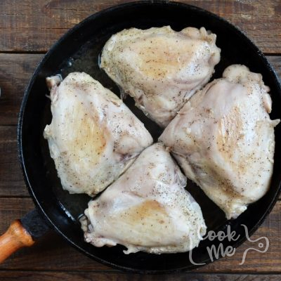 Autumn Apple Chicken recipe - step 1