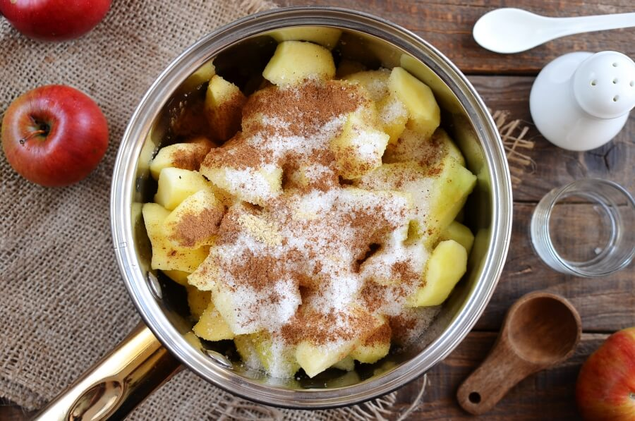 Crock-Pot Apple Butter recipe - step 1
