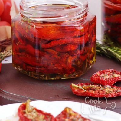 Easy Homemade Sundried Tomatoes Recipe-How to Make Sun-Dried Tomatoes-Homemade Sun-Dried Tomatoes