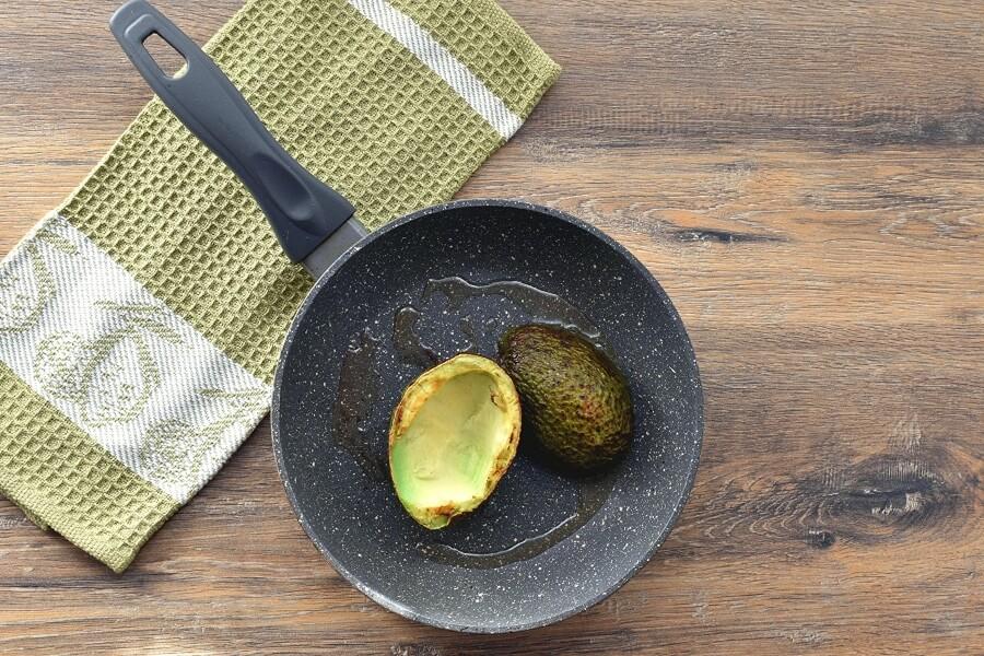 Keto Eggs Baked in Avocado recipe - step 4