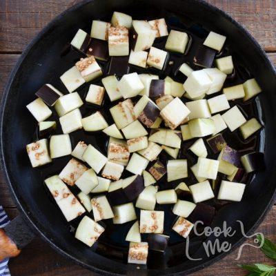 Grilled Aubergine Tabbouleh recipe - step 1