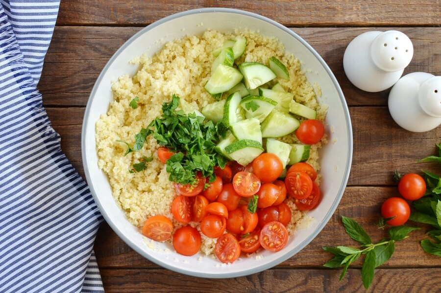 Grilled Aubergine Tabbouleh recipe - step 4