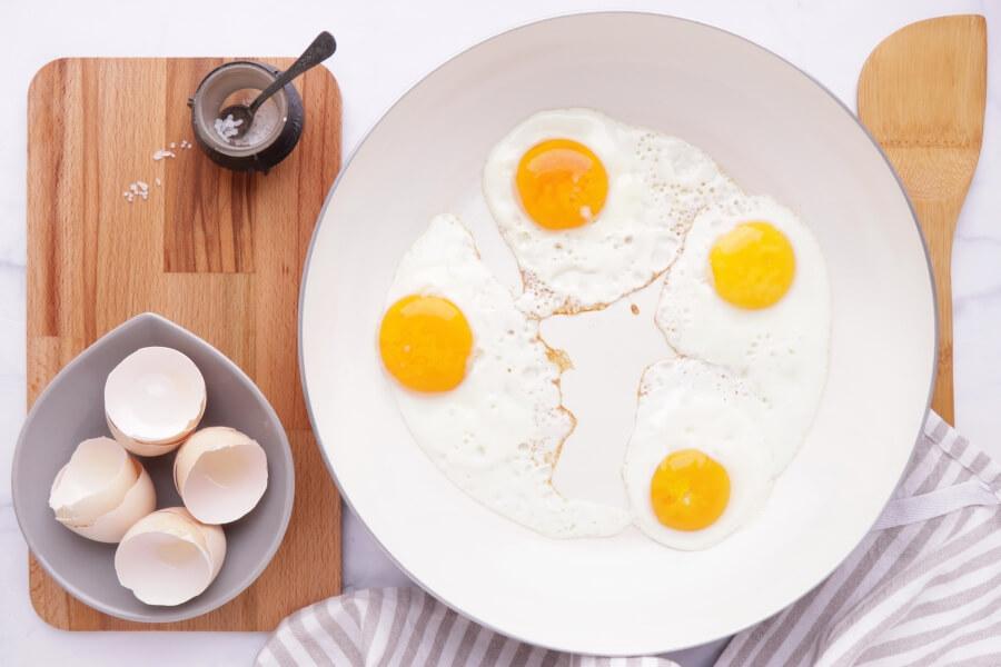 Mediterranean Yogurt Flatbread with Crispy Eggplant recipe - step 9