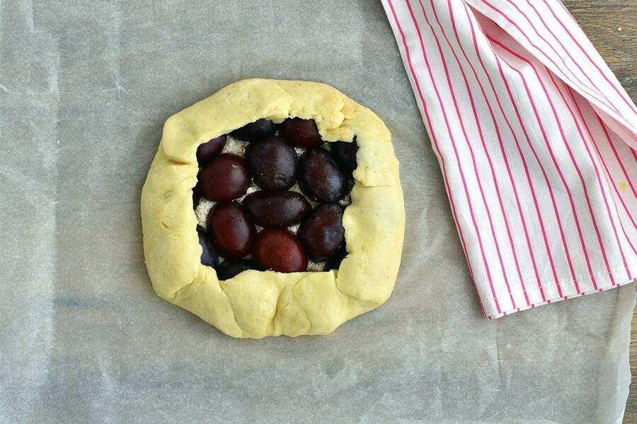 Plum Tart recipe - step 9