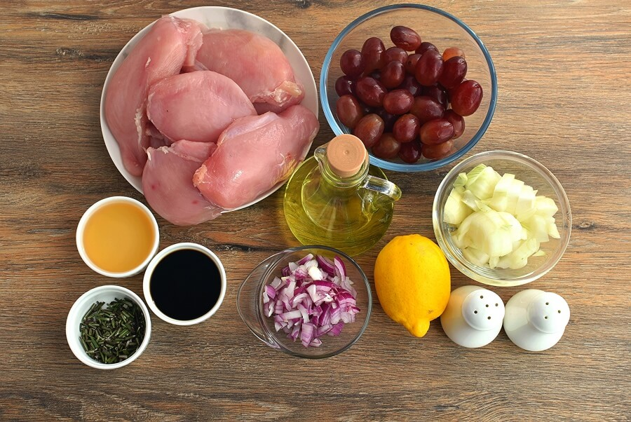 Ingridiens for Roasted Chicken Grapes Rosemary