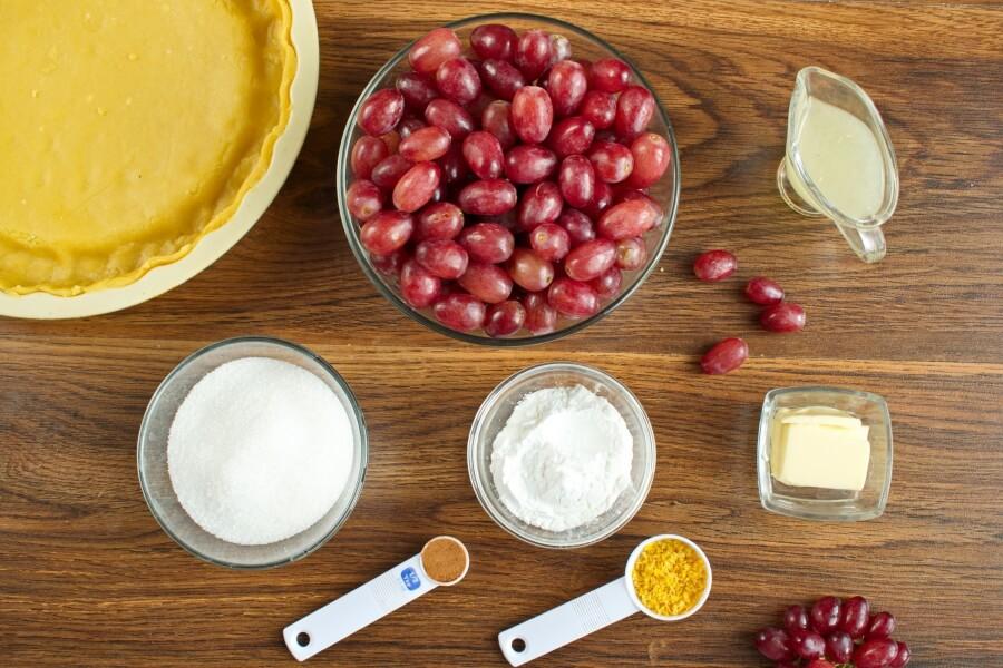 Ingridiens for Ruby Grape Pie