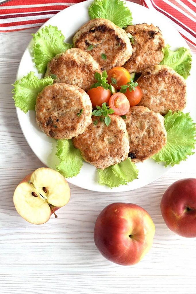 Low Carb Savory Apple-Chicken Sausages