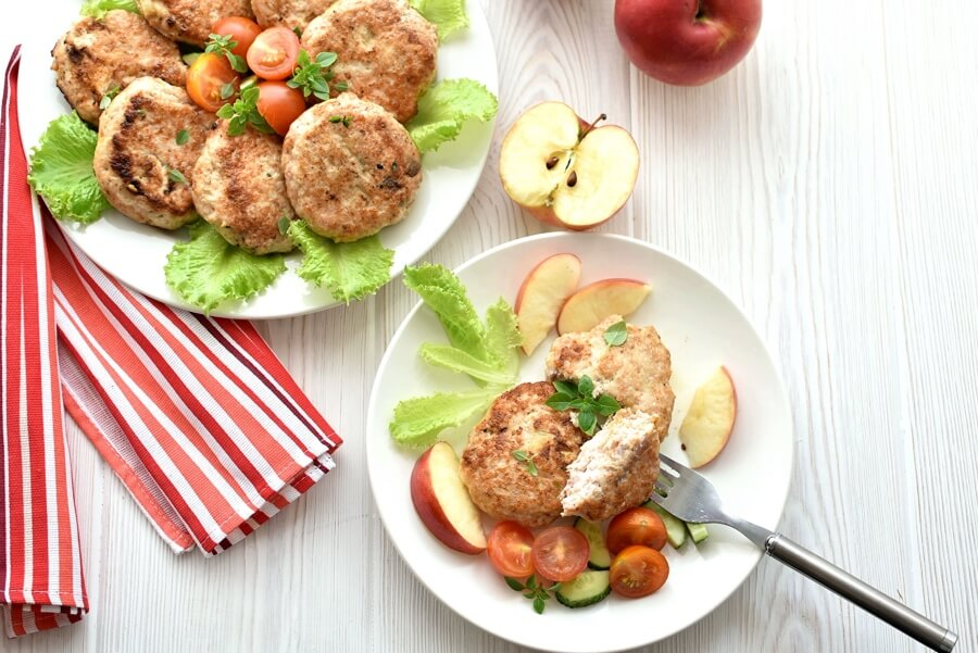 How to serve Low Carb Savory Apple-Chicken Sausages