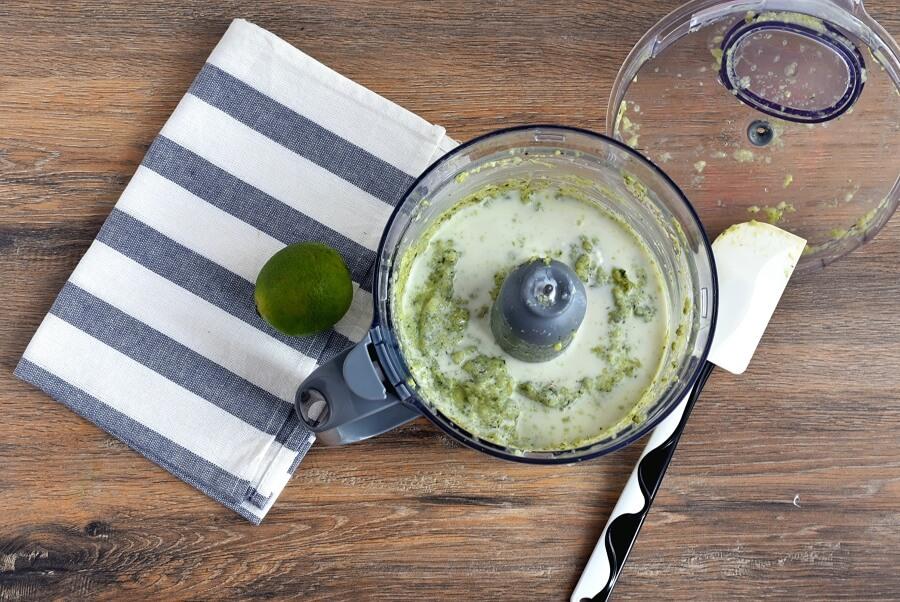 Keto Spicy Avocado-Cucumber Soup recipe - step 3