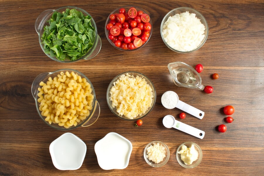 Ingridiens for Spinach-Tomato Macaroni & Cheese