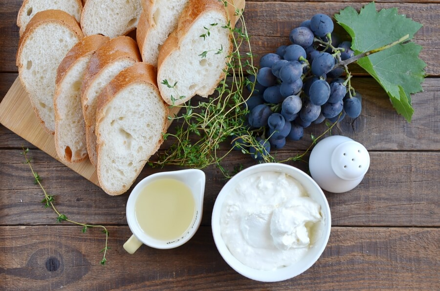 Ingridiens for Thyme-Roasted Grapes with Ricotta and Grilled Bread