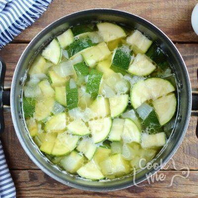 Zucchini Soup with Creme Fraiche recipe - step 3