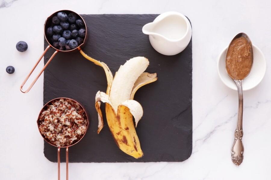 Ingridiens for 5 Ingredient Superfood Quinoa Breakfast Bowl