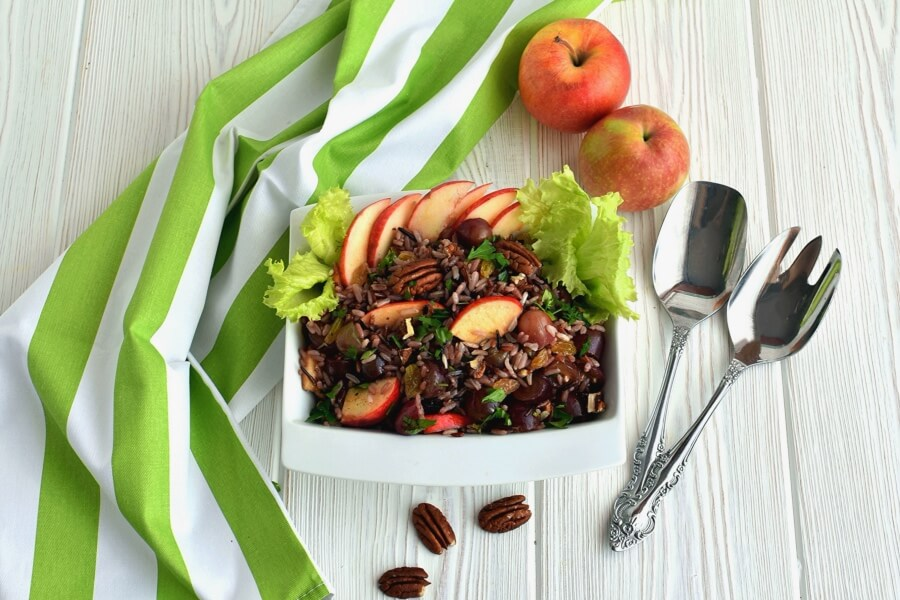 How to serve Apple-Wild Rice Salad