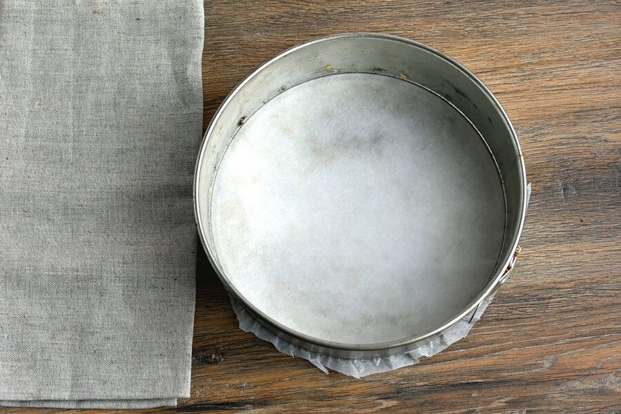 Apple Cake recipe - step 1