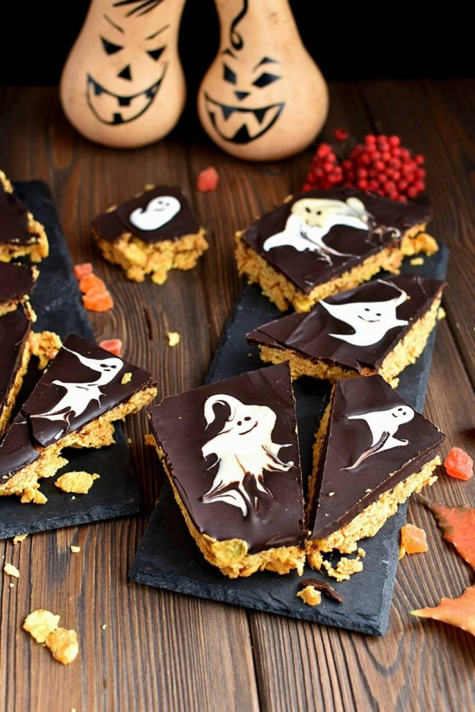 Black and White, Chocolate and Peanut Butter Bars