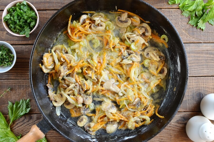 Best Chicken Fricassee recipe - step 6