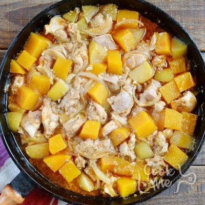 Tasty Chicken and Pumpkin Stew recipe - step 3