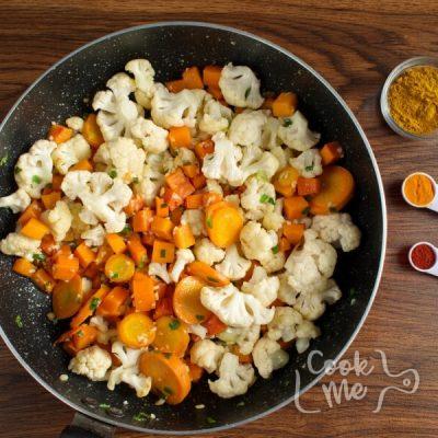 Vegan Chickpea Pumpkin Curry recipe - step 4