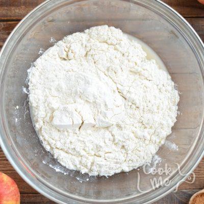 Cinnamon Roll Stuffed Baked Apples recipe - step 2