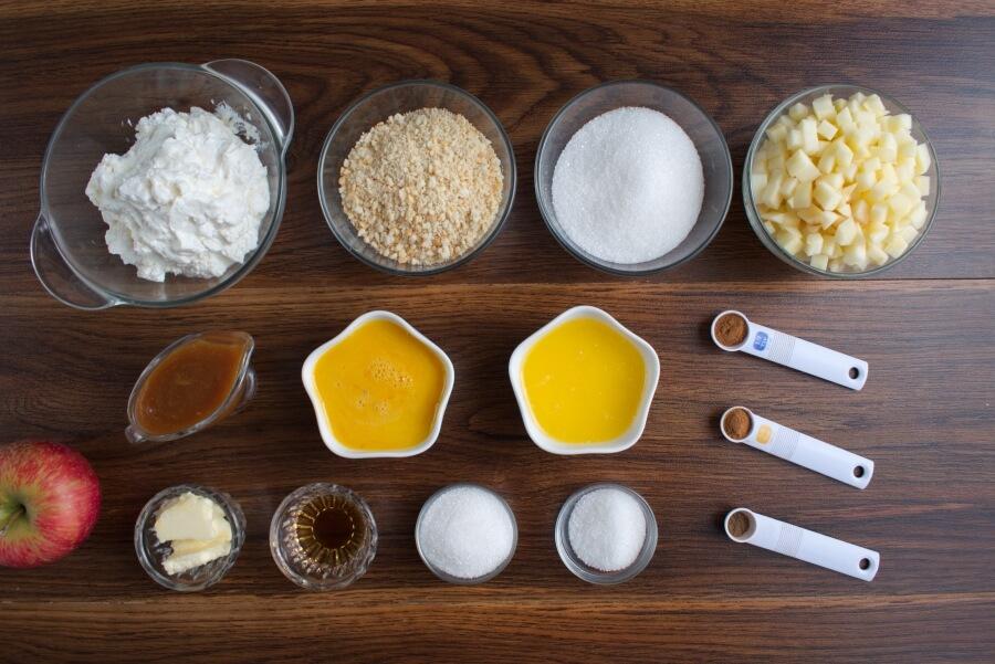 Ingridiens for Easy Mini Caramel Apple Cheesecakes