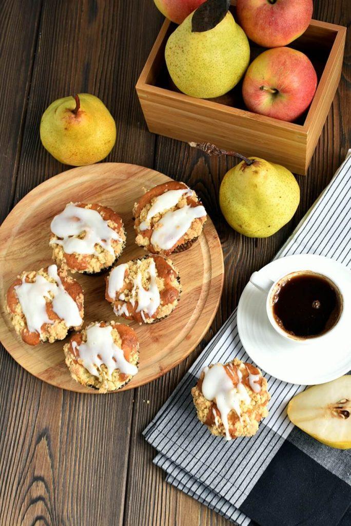 Fresh Apple-Pear Cupcakes