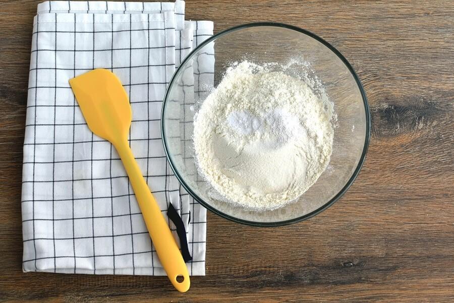 Fresh Apple-Pear Cupcakes recipe - step 2