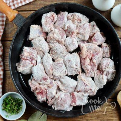 Garlic Lover's Beef Stew recipe - step 1