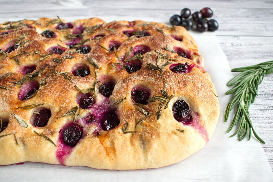 Grape Schiacciata recipe-Focaccia with Grapes (Schiacciata con L'uva) recipe-Grape Focaccia