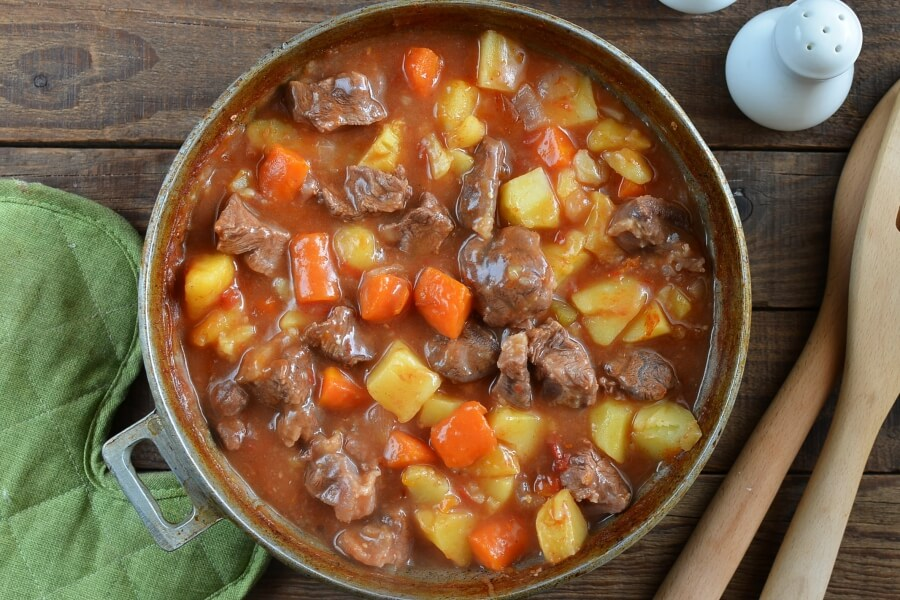 Hearty Baked Beef Stew recipe - step 4