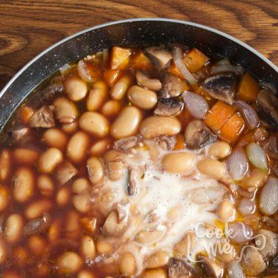 Mushroom Bean Bourguignon recipe - step 7