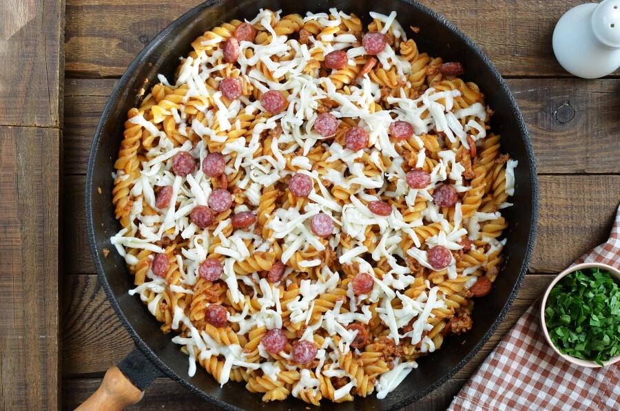 One Pot Pizza Pasta Bake recipe - step 6