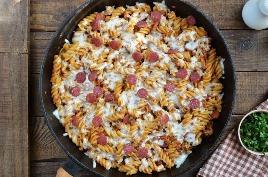 One Pot Pizza Pasta Bake recipe - step 7
