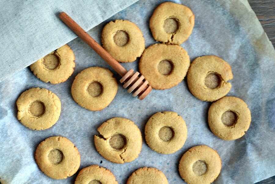 Peanut Butter Spider Cookies recipe - step 7