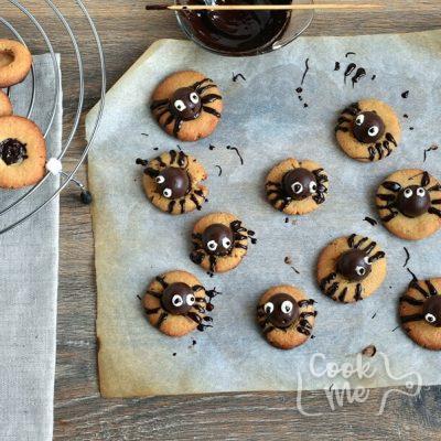 Peanut Butter Spider Cookies recipe - step 9
